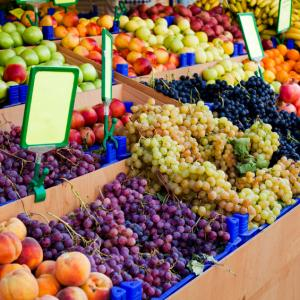 Shop local - your farmers market guide