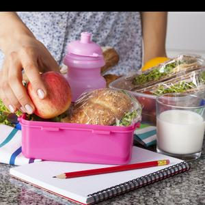 Six tips for packing a balanced lunch